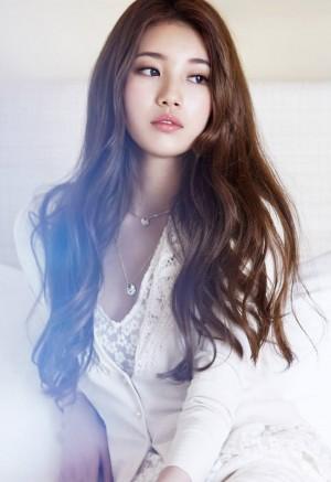 韩国美女裴秀智气质写真图片