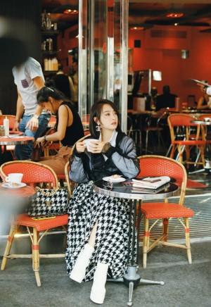 宋茜时尚气质街拍写真图片