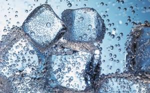 晶晶亮透心凉的冰块