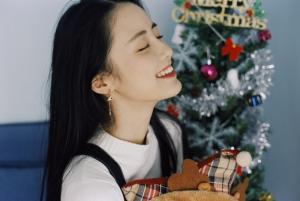 可爱清纯美女章乐韵圣诞节图片