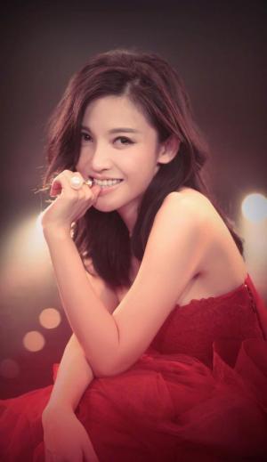 杨子姗与老公吴中天的婚纱照