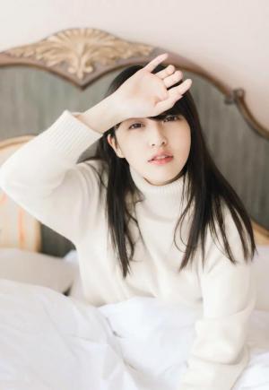 韩范十足的漂亮美女懒懒起床私房写真