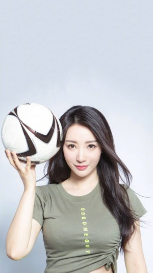 柳岩足球宝贝运动风写真