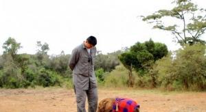 姚明与动物小象拍摄公益宣传片
