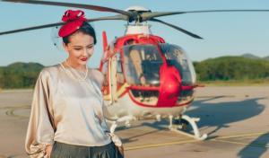 性感女神孙茜直升机前拍写真
