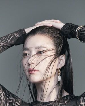 韩孝周清冷御姐气质Vogue画报图片