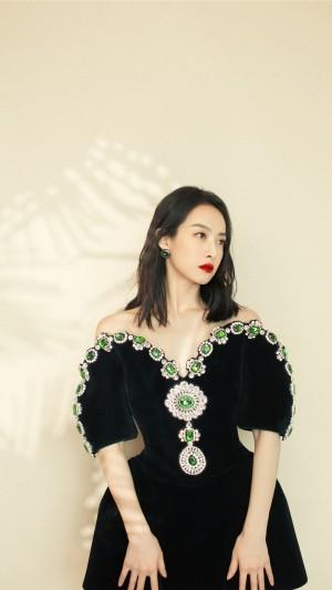 宋茜仙气妩媚图片手机壁纸