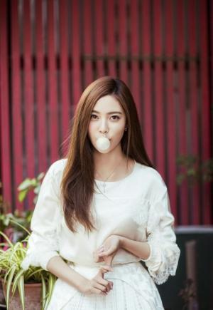 美女宋妍霏纯美气质写真