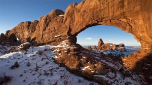 美国拱门国家公园优美风景高清桌面壁纸