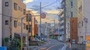 日本夏日街道唯美风景高清桌面壁纸