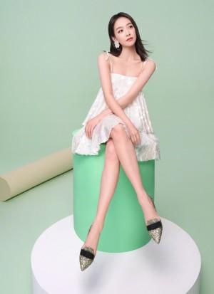 宋茜清新苹果绿时尚代言写真图片