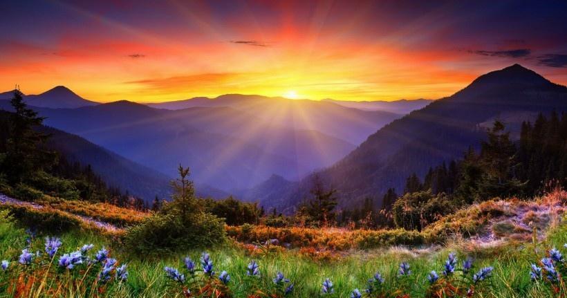 阳光折射绚丽风景图片