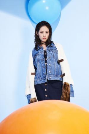 祝绪丹时尚杂志写真图片