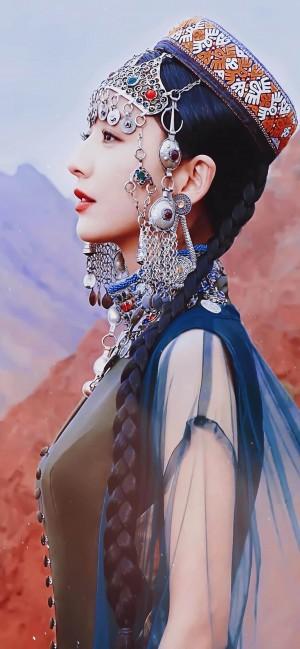 佟丽娅新疆传统服饰美艳绝伦手机壁纸