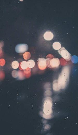 好看有唯美意境的雨滴图片