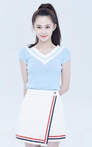 刘颖伦清新甜美时尚写真图片