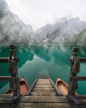 意大利布拉伊埃斯湖泊