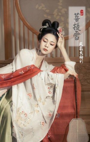 汉朝服饰古装美女闺房多愁善感唯美优雅写真