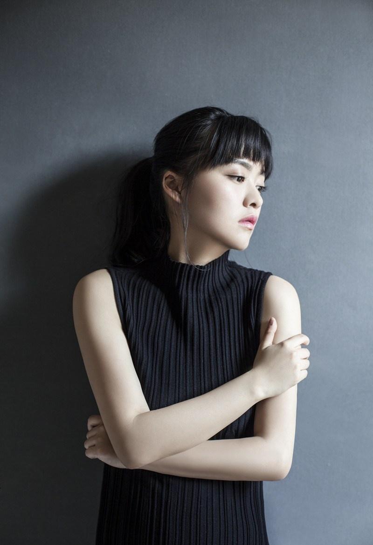 余心恬最新日系文艺写真大片