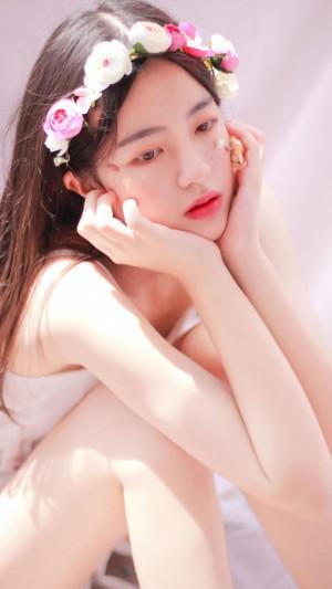 白皙美女清爽诱惑甜美写真
