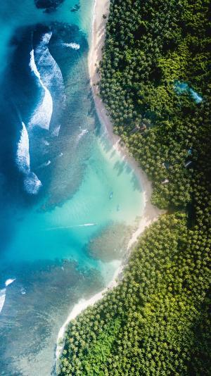 唯美的海岸线航拍风景