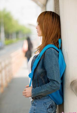 清新 校园的孤单写真