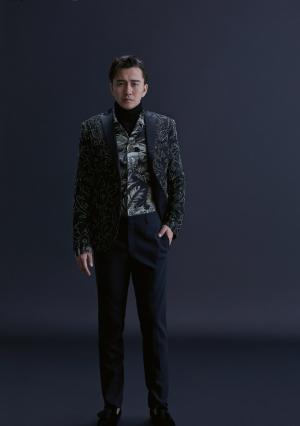 翟天临魅力型男时尚杂志写真图片