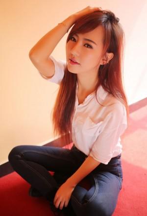 优星馆赵婉妮甜美笑容清纯可爱照片
