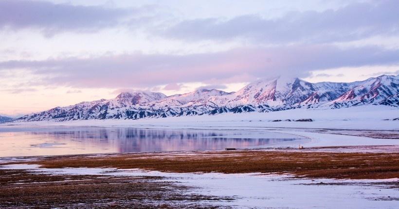 冰雪奇缘赛里木湖