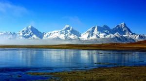 西藏卓木拉日峰绝美风景高清桌面壁纸