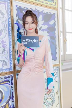 李若宁粉色甜美时尚个性活动照