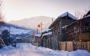 寒冷的冬季雪景图片