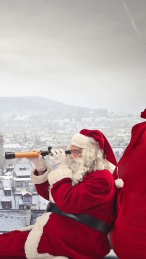 眺望远方的圣诞老人