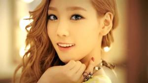 金泰妍甜美写真图片