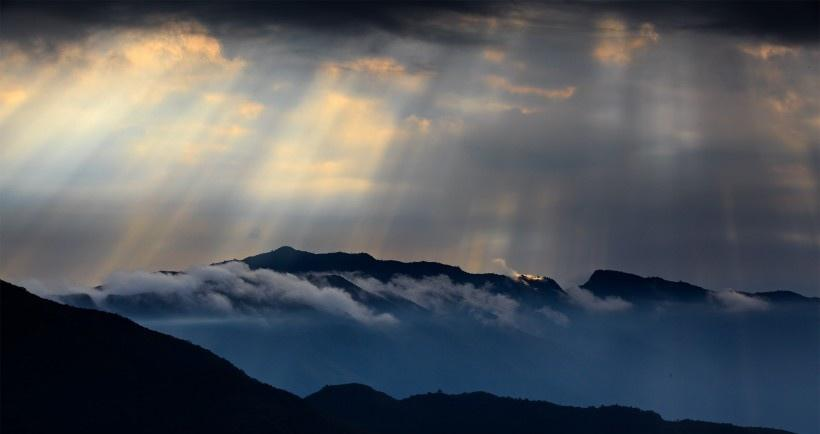 四川大瓦山云海风景