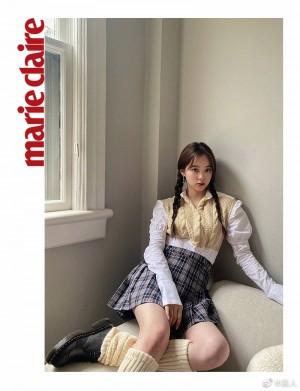 欧阳娜娜米黄色设计感针织拼接衬衫舒适慵懒写真图片