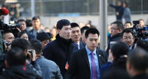 姚明参加两会的照片 2017年两会姚明 刘翔两会2017