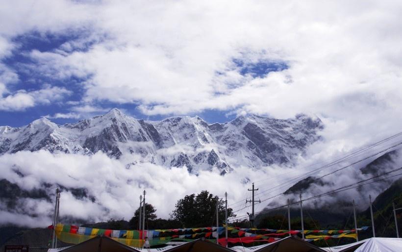 西藏雅鲁藏布大峡谷风景图片
