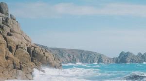 夏天自然清爽蔚蓝海岸风景线