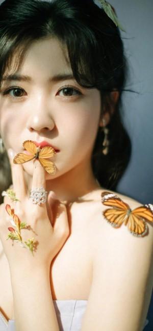 赖美云公主装甜美手机壁纸