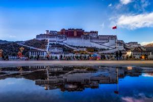 美丽的布达拉宫风景图片