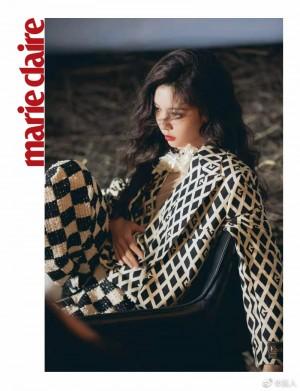 宋妍霏黑白格纹设计感西装独特时尚写真图片