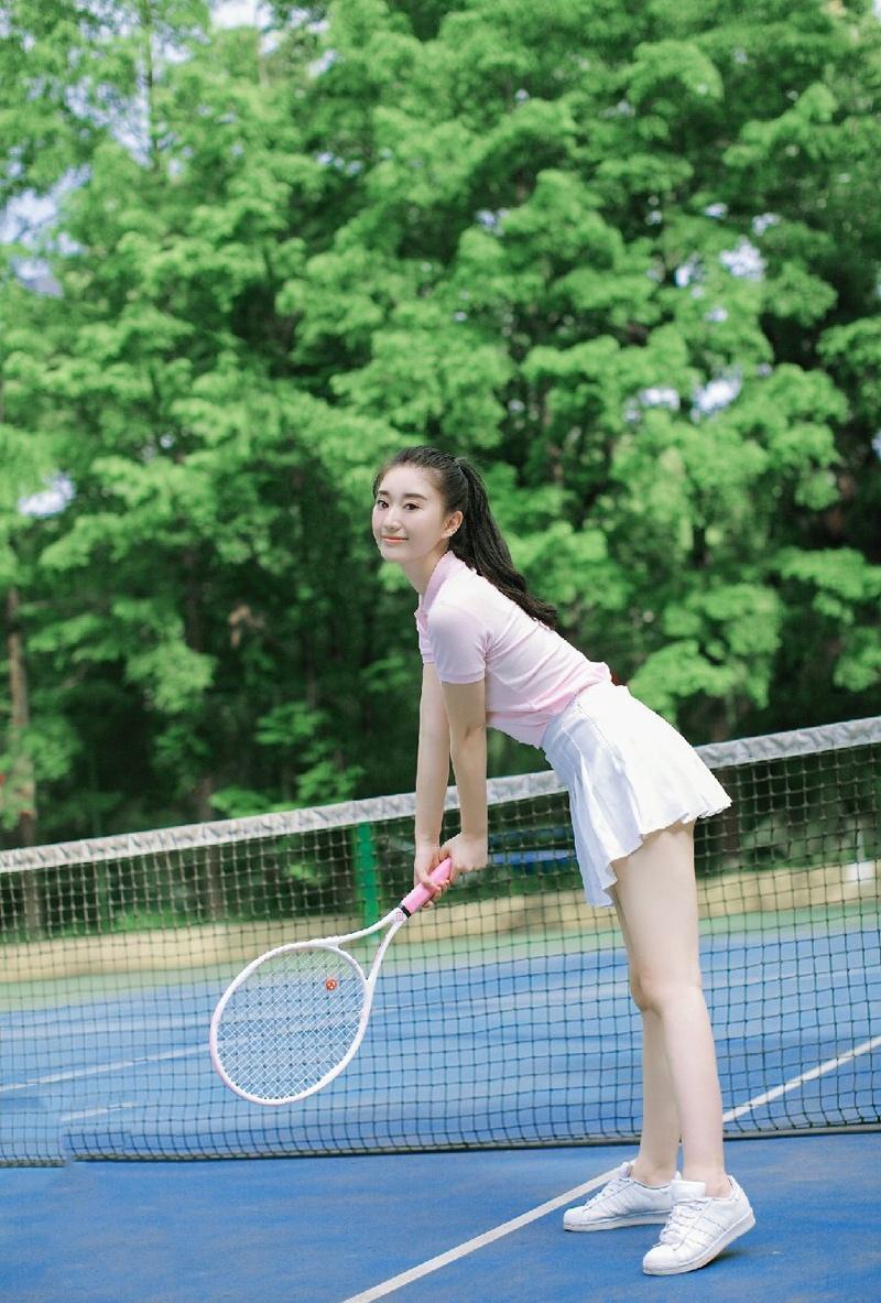 网球性感少女岳丹阳活力写真青春无敌