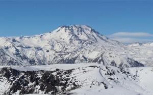 大自然如画般的雪山唯美风光