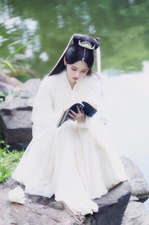 鞠婧祎《新白娘子传奇》清纯仙气剧照图片