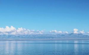新疆赛里木湖治愈唯美意境自然风光