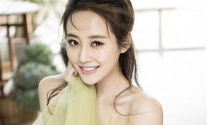美女演员李纯写真