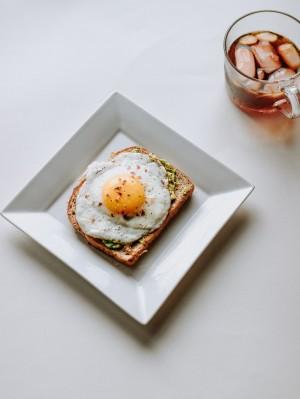 营养健康的煎鸡蛋图片