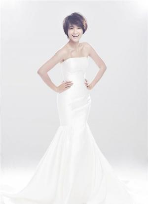 朱丹首秀婚纱幸福写真大片