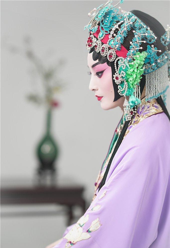 蒋勤勤国粹京剧造型超美腻写真
